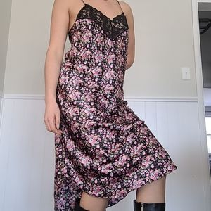 Vintage floral slip dress / night gown